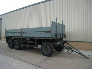 10716 - Schmitz tri axle draw bar trailer